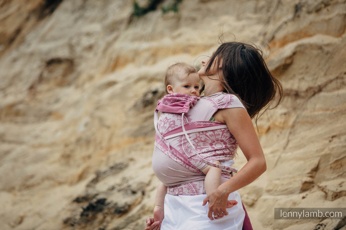 WRAP-TAI carrier Toddler with hood/ jacquard twill / 100% cotton / SANDY SHELLS  #babywearing