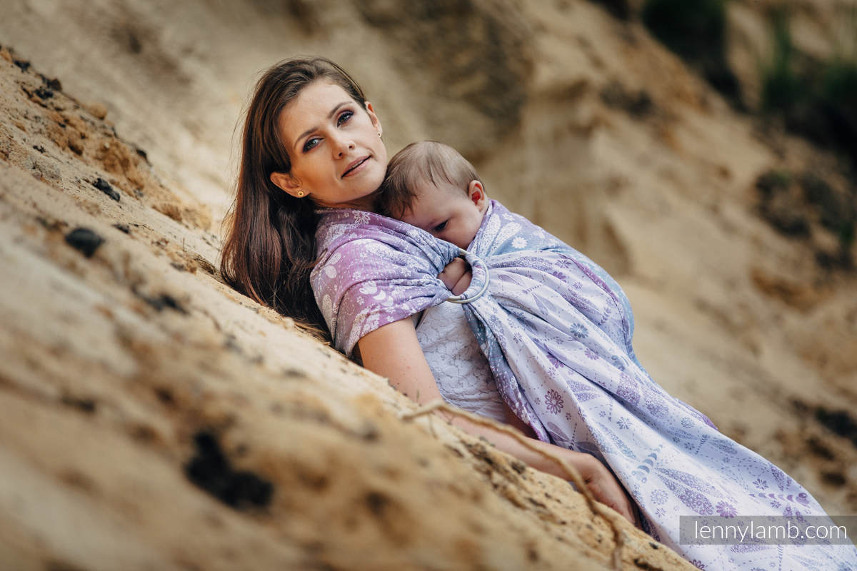 Ringsling, Jacquard Weave, with gathered shoulder (60% cotton 40% linen) - DRAGONFLY LAVENDER #babywearing
