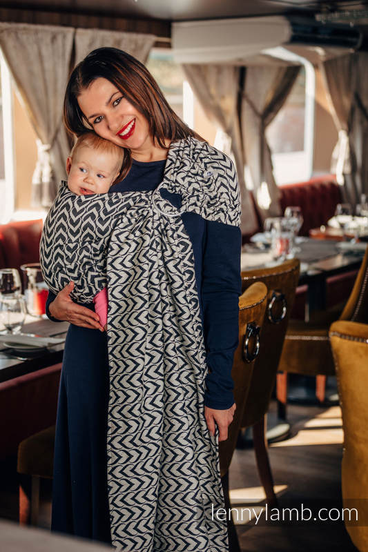 Ringsling, Jacquard Weave (44% combed cotton, 56% Merino wool), with gathered shoulder - CHAIN OF LOVE #babywearing