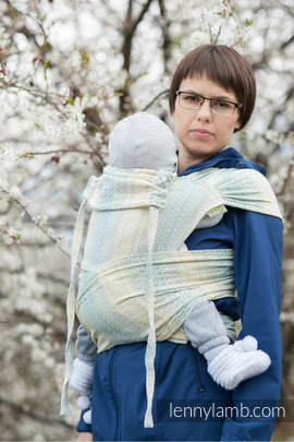 WRAP-TAI carrier Toddler with hood/ jacquard twill / 100% cotton / LITTLE LOVE - GOLDEN TULIP