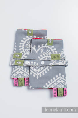Drool Pads & Reach Straps Set, (100% cotton) - FOLK HEARTS