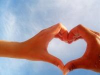 :en_hands_heart